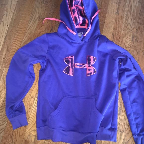 99932921 Under Armour hooded sweatshirt